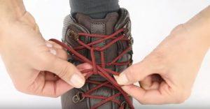 lacets chaussure de randonnée
