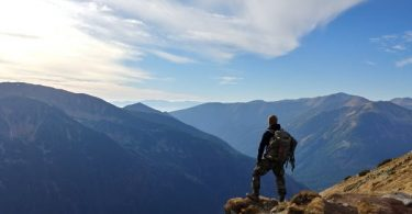 randonneur sur la montagne